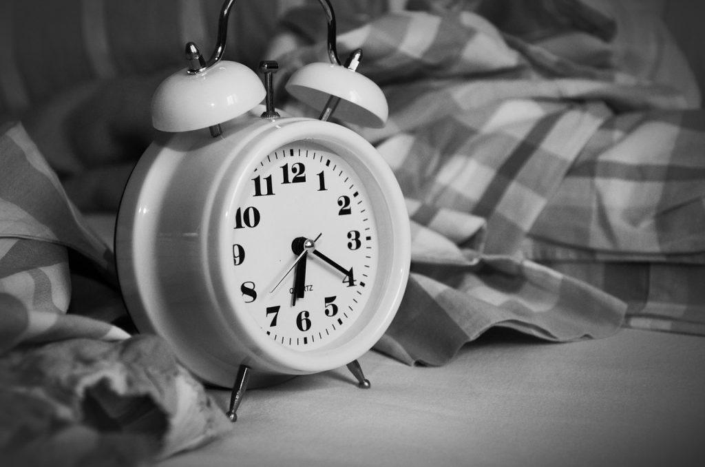 alarm-clock-e834b80c2a_1280